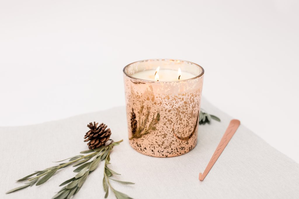 Three wick velvet peony & oud candle - product image 4