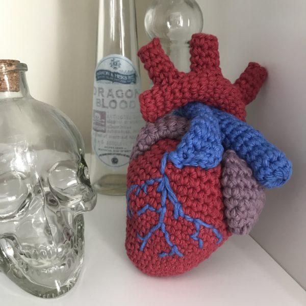 Anatomical Heart crochet pattern - main product image