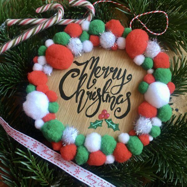 Merry Christmas Pom Pom wreath plaque - product image 3