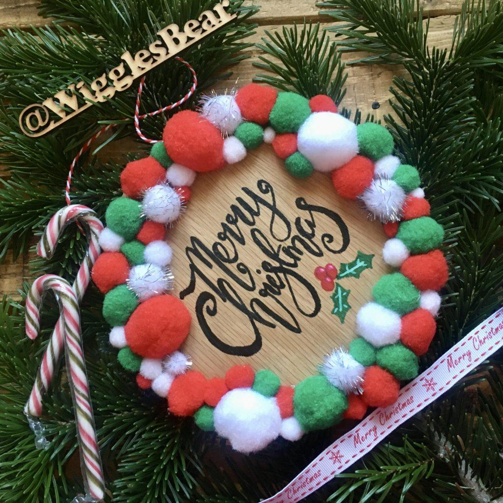 Merry Christmas Pom Pom wreath plaque - product image 2