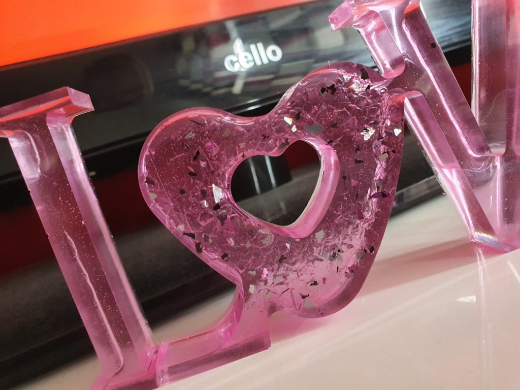 Freestanding love sign - product image 3